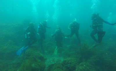 Photo of Divemaster diving course.
